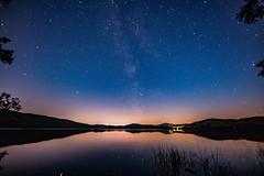 Sternenhimmel über dem Laacher See (clemensgilles) Tags: astrofotographie nachtfotografie milchstrase milkyway sternenhimmel starlight eifel germany beautiful