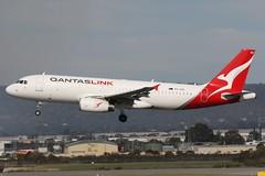 VH-VQS Qantas Link Airbus A320-232 (johnedmond) Tags: perth ypph westernaustralia qantas qantaslink airbus a320 australia aviation aircraft aeroplane airplane airliner plane canon eos 7d eos7d ef100400mmf4556lisiiusm