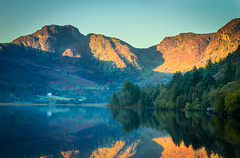 Sunrise Over Llyn Crafnant (Steve Robinson 1918) Tags: calm color colorful colour colourful dramatic grass hill hills lake landscape llyncrafnant mirror mountain mountains northwales peaceful peak peaks reflection reflections reservoir sky snowdonia sun sunrise tranquil tranquility tree trees trefriw uk wales water