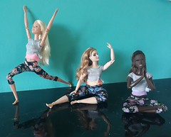 Yoga Time 💙 (Lo_zio87_Barbie Collector) Tags: madetomove maledollcollector bambimold blackdoll barbie 2018 fitness yoga
