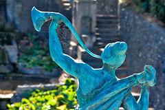 Statue (r.wacknitz) Tags: roseburg backlight spiderweb ballenstedt harz fall autumn romantik contrast nikond3400 nikkor nikcollection