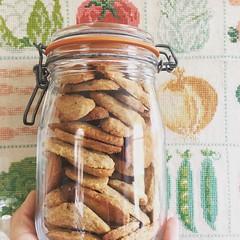 #21 bolachas de alfazemas. Atascadas de manteiga e açúcar mas, de vez em quando, que se lixe isso da comida saudável (MauFeitio) Tags: 21