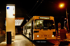 Trolleybus NAW BT-25 n°785 en service sur la ligne 7. © Marc Germann (Marc Germann) Tags: trolleybus naw bt25 remorques convois transportspublics transn hess articulé easyjet lausanne hockey club lhc fbw nuit musée transport mercedescitarobenz nawhesssiemens articulation autobus perches par brise routes bus tl transports publics lausannois neuchatelois man arbres retrobus