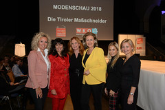"wk_modenschau2018_021gau_0637 • <a style=""font-size:0.8em;"" href=""http://www.flickr.com/photos/132749553@N08/44869039595/"" target=""_blank"">View on Flickr</a>"