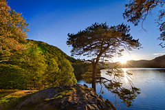 Kailpot Bay, Ullswater, Cumbria (vincocamm) Tags: ullswater lake cumbria sunny sunset autumn blue green dusk nikon d5500 orange bay kailpot calm relaxing sunbeam wideangle wideview