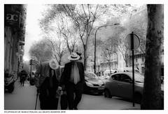 Old Fashion (Pollini Photo Laboratory) Tags: marcopollini polliniphotolabcom fotografiaurbana streetphotography leica leicamp summarit 35mm monocrome blackwhite bianconero paris france