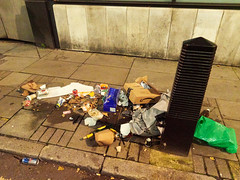 Whitfield Street. 20181106T17-07-40Z (fitzrovialitter) Tags: bloomsburyward england fitzrovia gbr geo:lat=5152013000 geo:lon=013500000 geotagged unitedkingdom peterfoster fitzrovialitter city camden westminster streets urban street environment london streetphotography documentary authenticstreet reportage photojournalism editorial daybyday journal diary captureone olympusem1markii mzuiko 1240mmpro microfourthirds mft m43 μ43 μft ultragpslogger geosetter exiftool rubbish litter dumping flytipping trash garbage
