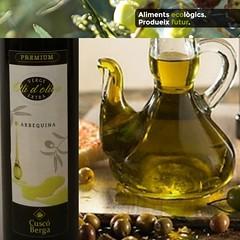 Veniu al #tast del #oli de #oliva #verge #extra #premium #arbequina #cuscoberga #collitapropia al #penedès #paambtomaquet #dieta #meditarrànea #salut moltes qualitats nutricionals #digestiu #orliquid #oil  #productesdelaterra #vendadeproximitat (Cuscó Berga) Tags: oil oliva cuscoberga arbequina premium oli meditarrànea paambtomaquet vendadeproximitat extra collitapropia dieta productesdelaterra orliquid salut verge digestiu penedès tast
