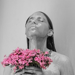 Trini (Vilma Salazar) Tags: miel fotografíacreativa retratos portraits honey honeybeecollection portraiture