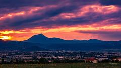 Sunset sur Clermont-Ferrand et la Chaîne des Puys (cleostan) Tags: sunset sur clermontferrand et la chaîne des puys