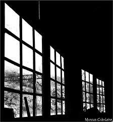 Elemento Arquitetônico  Foto Marcus Cabaleiro Site: https://marcuscabaleirophoto.wixsite.com/photos Blog: http://marcuscabaleiro.blogspot.com.br/  #muscabaleiro #paranapiacaba #sp #brasil #arquitetura #janela #mono #fotografia #arte #brazil #monocolor #ph (marcuscabaleiro4) Tags: paranapiacaba brazil brasil contraste janela arte mono nikon olhar white blackandwhite bw photographer sp detalhes muscabaleiro monocolor black fotografia pb arquitetura monochrome tonsdecinza photography vidro