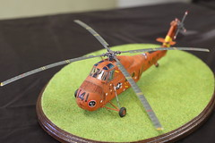 Sikorsky H-34 Sea Horse (CHRISTOPHE CHAMPAGNE) Tags: 2018 france cholet maine loire 49 exposition maquette club mauges helicoptere 141 9359 sikorsky uh34 seahorse