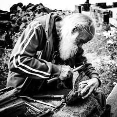 Stone cutter (Zsirka Richárd) Tags: fujifilm x100f sicily italy blackandwhite monochrome bw streetphotography