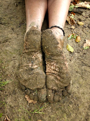 Lovin the earth! (Barefoot Adventurer) Tags: barefoot barefooting barefooter barefoothiking barefeet barefooted baresoles barfuss earthsoles earthing earthstainedsoles earth wetmud dryearth ruggedsoles toughsoles healthyfeet happyfeet hardsoles arches anklet autumnbarefooting autumnsoles toes texture wrinkledsoles livingleather leathertoughsoles woodlandsoles toughheel naturalsoles naturallytough