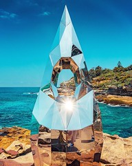 Shine on! . . . Counterpoints by Penelope Forlano . . . #PenelopeForlano #forlanodesign #aussiephotos #australiagram #beautifuldestinations #bondi #bondibeach #bonditobronte #bonditocoogeewalk #igerssydney #ilovesydney #sculpture #sculpturebythesea #sculp (here_downunder) Tags: instagram