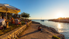 Sunset Bar (Nicola Pezzoli) Tags: menorca baleares baleari island nature spain sea minorca isola sunset bar hola ola cocktail beach sun shine