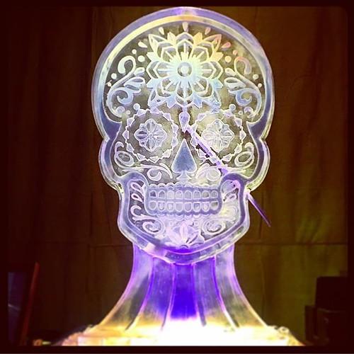 Waking the dead on #diadelosmuertos like... Fun #iceluge for a #party last night with @redvelvetevents @thepershingeast #fullspectrumice #thinkoutsidetheblocks #brrriliant - Full Spectrum Ice Sculpture