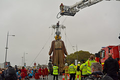 Giant has a drink (James O'Hanlon) Tags: giants giant liverpool spectacular liverpoolspectacular liverpoolsdream dream liverpools 3 3giants threegiants new brighton newbrighton wirral beach fortperchrock royal de luxe royaldeluxe jeanluc courcoult jeanluccourcoult dog walk drink