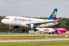Small Planet Airlines Airbus A320 | Gdansk Airport (FrogFootTV) Tags: aviation planespotting aircraftspotting gdanskairport epgd gdansk gdańsk airport lech wałęsa gdansklechwałęsaairport gdansklechwalesaairport gdanskspotting gdanskaviation planes plane airplane airplanes aircraft jet samolot lotnictwo lotnisko aircrafts flying flight pilot captain pilots avaition aviacion runway aeroport canon 7d sigma 120400 canon7d sigma120400 aeroplanes smallplanet smallplanetairlines small planet airlines poland smallplanetairlinespoland airbusa320 airbus a320 a320200