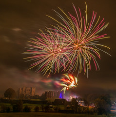 _DSC3752-366 (SteveKenilworth2014) Tags: kenilworth castle fireworks display 2018 nikon d800e warwickshire roundtable
