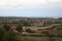 Ein Sturm zieht auf (Klaus R. aus O.) Tags: sturm dorf wind steigerwald eschenau oberschwappach kirche wolken regen umwelt herbst herbststurm 2018