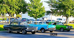 Cars we saw at Dairy Queen (Peachhead (5,000,000 views!)) Tags: car auto carro voiture antique antiquecars classiccar classic