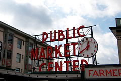 Pike Place Market - Seattle, Washington, USA (The Web Ninja) Tags: seattle seattlewa washington usa unitedstates canon canon70d travel explore 70d photo photography explored city washingtonstate pikeplace pike place market pikeplacemarket sign signage day daytime