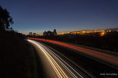 Autopista (ArielGonzalez_Fotografia) Tags: paisaje largaexposicion luces coches noche