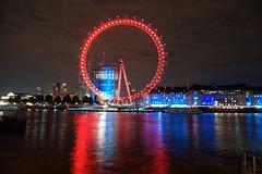 _DSC6389 (erengun3) Tags: londoneye london eye cocacolalondoneye londoncity city telephone red grey nightphoto night photography ezgigunuc ezgi gunuc westminster zone1 atnight sonyalpha sony a77 fotoğraf gece uzun pozlama
