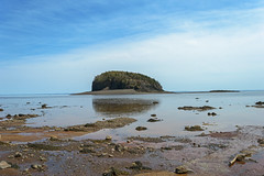 The Bay Of Fundy Is Filling Back in (The Brothers Islands, Nova Scotia, Canada) (TheNovaScotian1991) Tags: twoislands thebrothersislands novascotia parrsboro cumberlandcounty canada bayoffundy minasbasin nikond3200 afsdxnikkor1855mmf3556gvrii beautiful bluesky clouds water waterreflections outdoor landscape risingtide lowtide rocks island