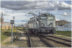 Maniobra en La Esperanza (440_502) Tags: 269 045 6945 japonesa valladolid la esperanza campo grande comsa rail transport grupo renfe operadora alquiler amf rosco maniobra