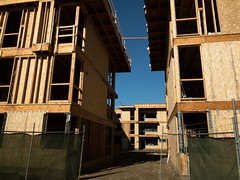 PEDB20180111-IP-3 (EricBier) Tags: 20180111driftwoodconstructionproject apartment building category construction driftwoodapartments driftwoodapartmentsproject event framing infrastructure murfeyconstructioncompany place tag iphonephotos sandiego 92110