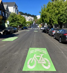 The Wiggle (waltarrrrr) Tags: sanfrancisco july 2018 sharrow bikeroute bikeblvd lowerhaight
