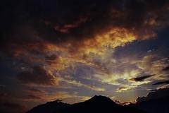 tramonto (il goldcat) Tags: goldcat tramonto sundown nubi clouds mountains montagne alpi alp cevo valcamonica valsaviore