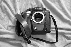 DSC_7734 BW (C&C52) Tags: intérieur appareilphotoargentique leica collector noiretblanc monochrome