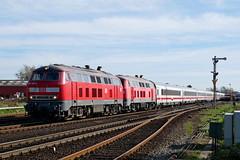 P1700730 (Lumixfan68) Tags: eisenbahn züge loks baureihe 218 dieselloks deutsche bahn db intercity ic marschbahn doppeltraktion