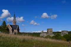 Burg Hohenstein (ivlys) Tags: deutschland allemagne germany taunus mittelgebirge lowmountainrange hohenstein dorf village burg castle 1190 kirche church landschaft landscape ivlys