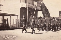 ANZAC DAY in MACKSVILLE, N.S.W. - 1920 (Aussie~mobs) Tags: macksville vintage australia newsouthwales anzacday soldiers march flag 1920 friendlysocietieshall aussiemobs