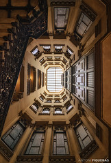 Casa Pia Batlló (Antoni Figueras) Tags: barcelona catalonia catalunya modernism josepvilaseca staircase architecture windows sonya7rii laowa12