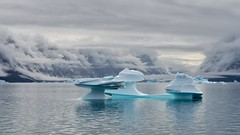 Equilibrium (Rob Oo) Tags: sermersooq greenland groenland sailing tecla ro016b landscape seascape equilibrium ccby40 ccby