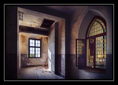 Windows (Fotogravirus) Tags: stjozefsheim urbex urbanexploring abandoned decay decayed neglected eerie creepy church holy samyang10mm samyang fotogravirus