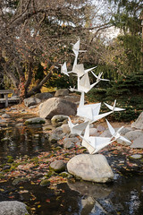 Crane Technique (heightsfidelity) Tags: landscapearboretum mn origami sculpture kevin jennifer box