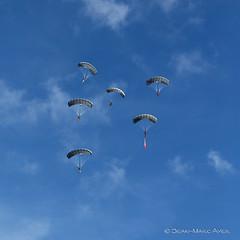 JMA_8031_DxO.jpg (© Jimmy) Tags: 20181009 5diii axalp forcesaériennes photojeanmarcayer swissairforce airshow avion parachute parachutiste