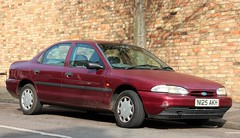 N125 AKH (Nivek.Old.Gold) Tags: 1995 ford mondeo 18 16v lx 4door