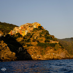 20180617-cinque-terre-00956_web (derFrankie) Tags: 2018 a anyvision b bestofbest c e f g h italien k l labels m o p r s t w autumn bay cape cliff coast coastalandoceaniclandforms cove escarpment evening exported formation geology headland klippe landscape mountain ocean outcrop promontory rock sea shore sky stack terrain tourism tree ultraselect water