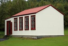 Schoolhouse from Litli-Hvammur (JB by the Sea) Tags: southiceland southconstituency suðurkjördæmi southcoast iceland ísland europe september2018 skógar skogar rangárþingeystra skógarfolkmuseum skógasafn