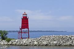 Racine Breakwater Lighthouse (JBtheExplorer) Tags: racine breakwater lighthouse light house wisconsin lake michigan windpoint harbor marina