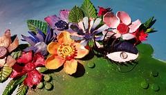 Flowergirl No1 (MadArt70) Tags: magnus dacke 2017 madart painting art acrylic canvas summer sparkly flower gold done symbolic glitter dinosaur