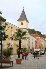 Passau: Spitalkirche St. Johannes am Rindermarkt (Helgoland01) Tags: passau niederbayern bayern deutschland germany dom church kirche