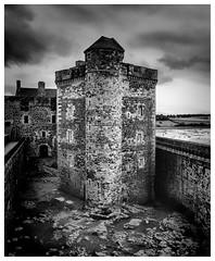 Central Tower , Blackness Castle (wwshack) Tags: blacknesscastle castle falkirk historicscotland linlithgow riverforth scotland westlothian